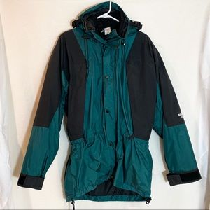 The North Face Mountaineer Green Gore-Tex Jacket L